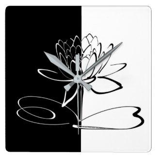 Horloge Carrée Fleur noire de Yin Yang Lotus blanc
