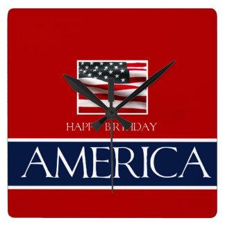 Horloge Carrée Joyeux anniversaire Amérique !