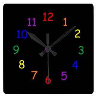 Horloge Carrée L'arc-en-ciel numérote l'horloge murale