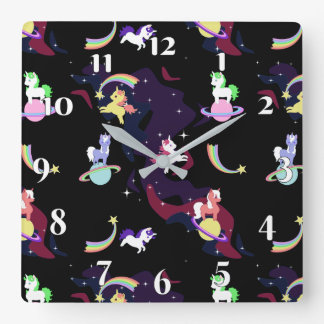 Horloge Carrée Licornes de l'espace de Kawaii