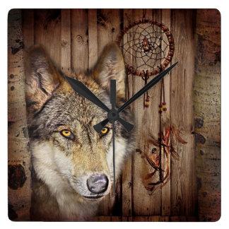 Horloge Carrée Loup indien indigène de receveur rêveur occidental