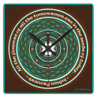 Horloge Carrée Mandala de Lotus de Celtic