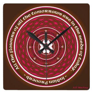 Horloge Carrée Mandala de Lotus de Celtic dans le rose et le
