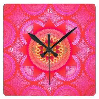 Horloge Carrée Mandala ID130 de rose de fleur de Lotus