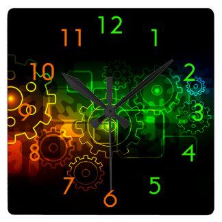 Horloge Carrée Mécanique de roues dentées sur l'orange verte