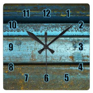 Horloge Carrée Métal rouillé patiné rocailleux de bleu et de