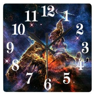 Horloge Carrée Montagne mystique dans la NASA de l'espace