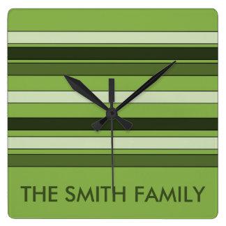 Horloge Carrée Motif horizontal vert de rayures de verdure