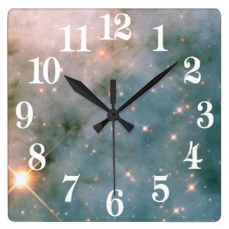 Horloge Carrée Nébuleuse lumineuse de Carina