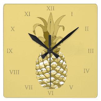 Horloge Carrée Or ID239 d'ananas
