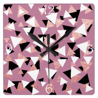 Horloge Carrée Parties scintillantes roses d'or de triangles
