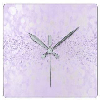 Horloge Carrée Prune pourpre métallique minimale de gris argenté