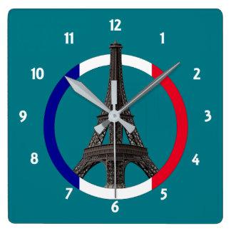 Horloge Carrée Tour Eiffel de Paris dans l'horloge murale carrée