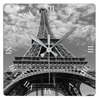 Horloge Carrée Tour Eiffel recherchant l'horloge murale carrée de