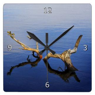 Horloge Carrée Tranquilité de bord de lacs