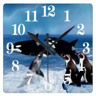 Horloge Carrée Une baleine d'un monde