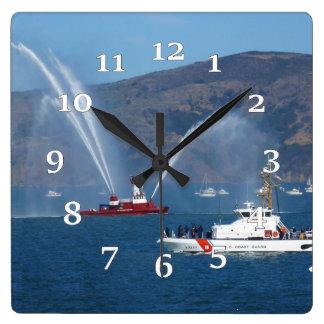 Horloge Carrée USS Phoenix et coupeur Sherman de la garde côtière