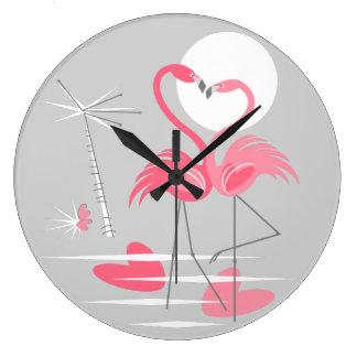 Horloge d'amour de flamant ronde
