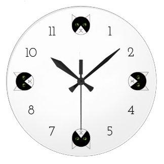 Horloge de chat de smoking
