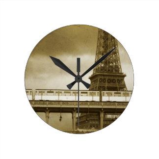 Horloge de cru de Tour Eiffel