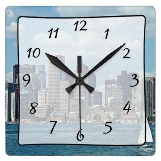 Horloge de vue de gratte-ciel de ville de Boston