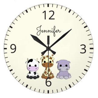 Horloge mignonne de crèche de nom de bande