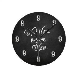 Horloge murale drôle - aucun vin avant le tableau