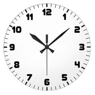 Horloge murale noire et blanche