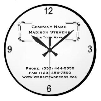 Horloge murale simple professionnelle noire et