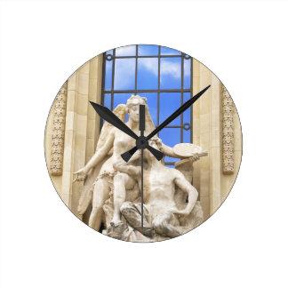 Horloge Ronde Architecture parisienne