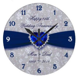 Horloge ronde audacieuse d'anniversaire de mariage