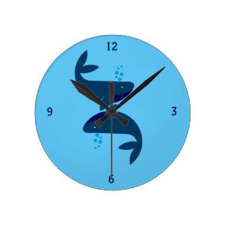 Horloge Ronde baleines bleues