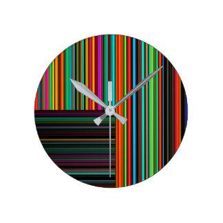 Horloge Ronde Beau motif multicolore coloré de rayure