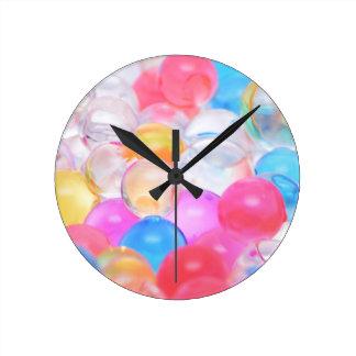 Horloge Ronde boules transparentes