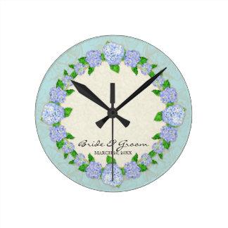 Horloge Ronde Cadeau de mariage formel floral de dentelle bleue
