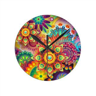 Horloge Ronde Colorfull, illustration psychédélique heureuse