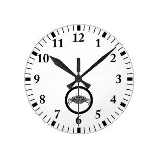 Horloge Ronde Crabe frontal de mer en cercle