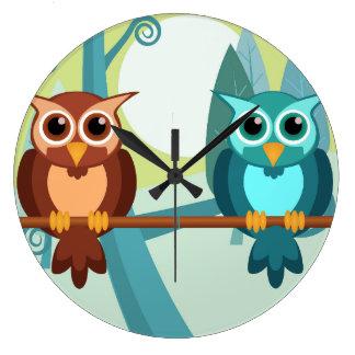 Horloge ronde de hiboux de forêt