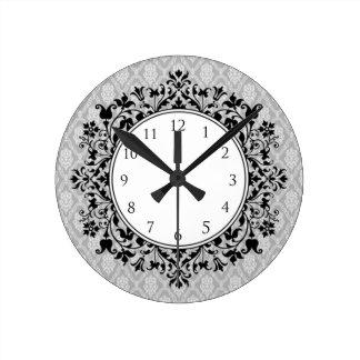 Horloge ronde florale de damassé