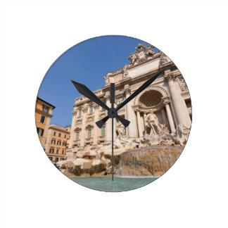 Horloge Ronde Fontana di Trevi à Rome, Italie