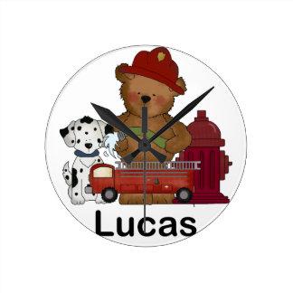 Horloge Ronde Lucas peu de cadeaux personnalisés par ours du feu