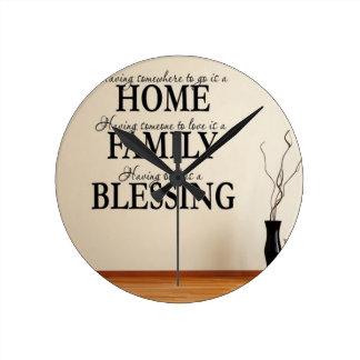 Horloge Ronde Maison + Famille = bénédiction