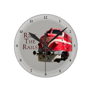 Horloge Ronde Montez les rails