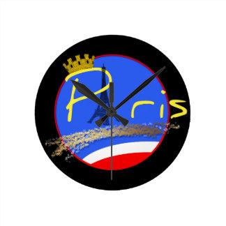 Horloge Ronde Paris avec l'horloge ronde de Tour Eiffel de