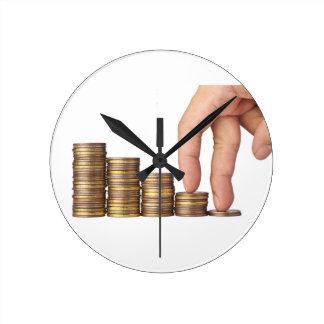 Horloge Ronde Sur le chemin au succès