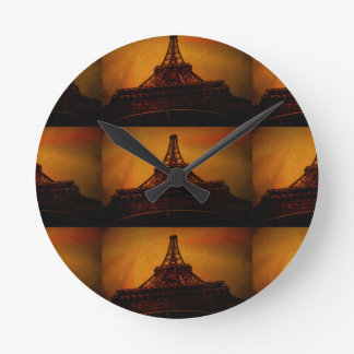 Horloge Ronde Tour Eiffel