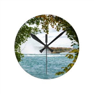 Horloge Ronde Voyage à l'horloge murale de chutes du Niagara