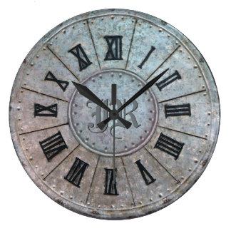 """Horloge """"rouillée"""" d'antiquité avec (ou sans) des"""