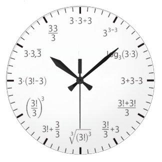 Horloge trois de maths fois trois - simple et
