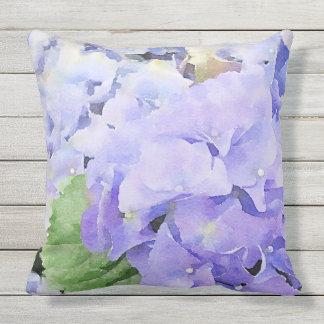 Hortensia bleu d'aquarelle extérieur coussin d'extérieur